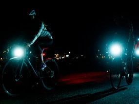Защо велосветлините са толкова важни за безопасността